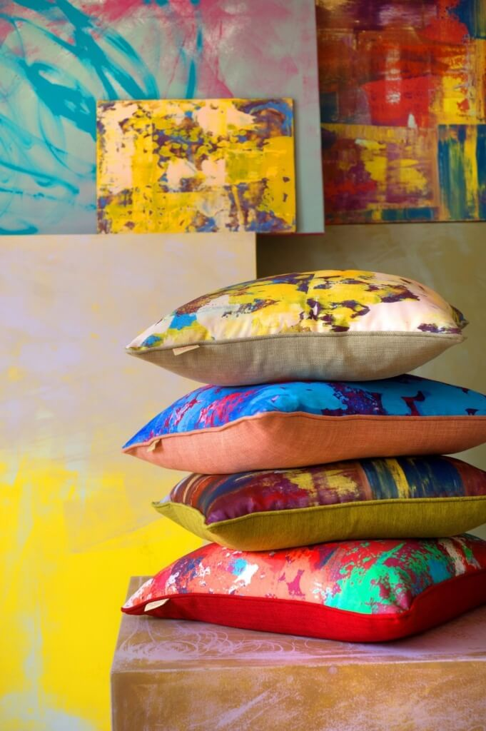 CUSHIONS AND ART