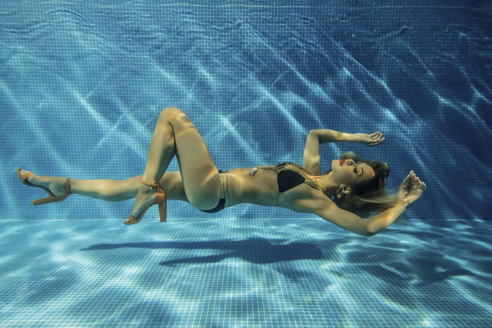 Amazing sex underwater must see - 3 5